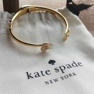Kate Spade NWT Imitation Pearl hinged bracelet
